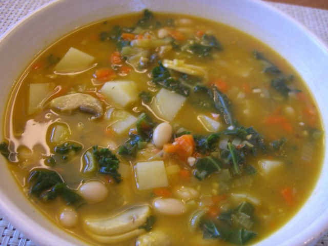 Potato, White Bean and Kale Soup -- Epicurean Vegan