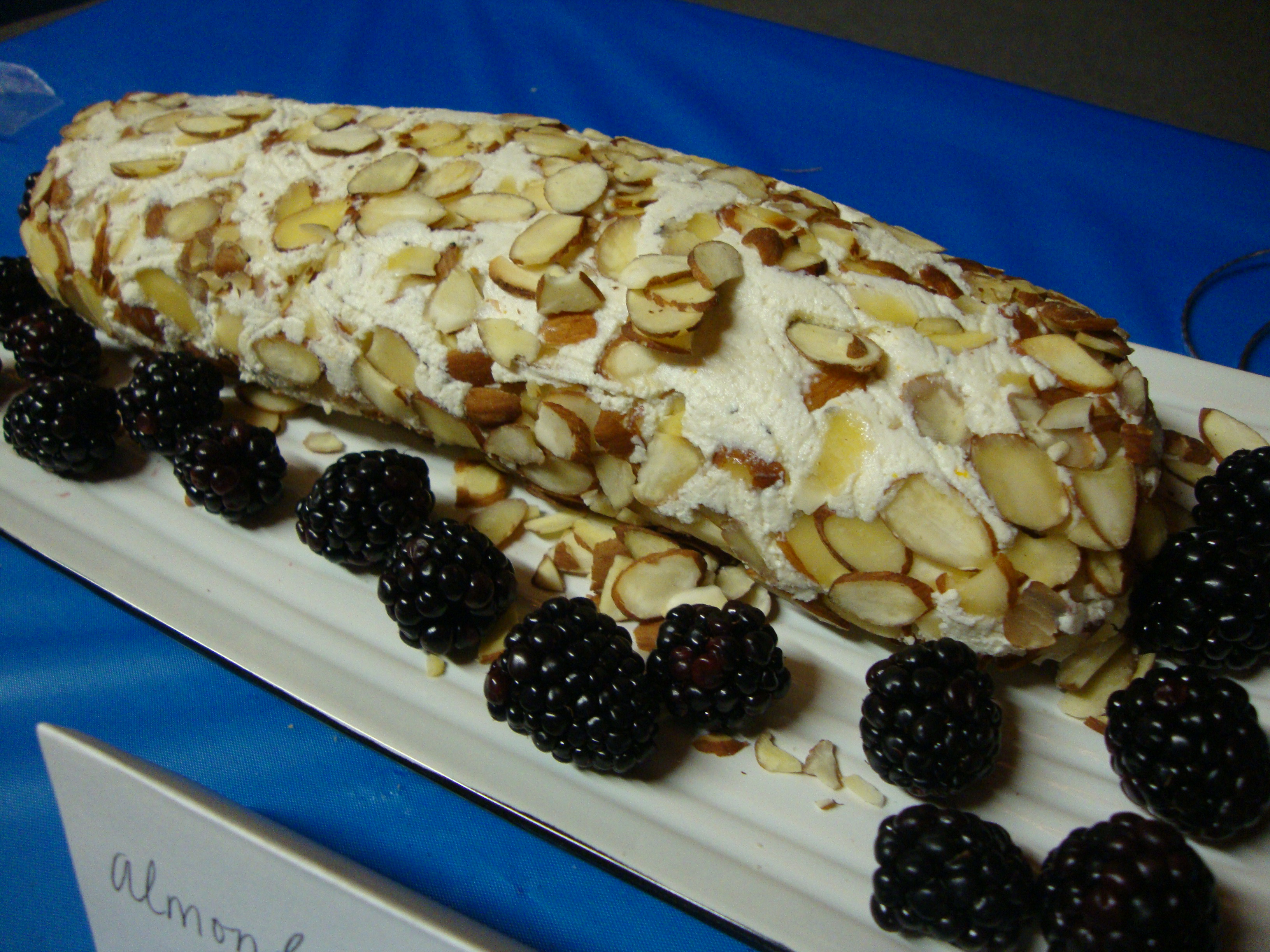 Orange-Almond Cheese Log -- Epicurean Vegan