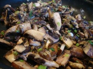 Creamy Mushroom Fettuccine -- Epicurean Vegan