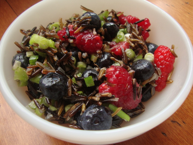 Wild Rice and Blueberry Salad -- Epicurean Vegan