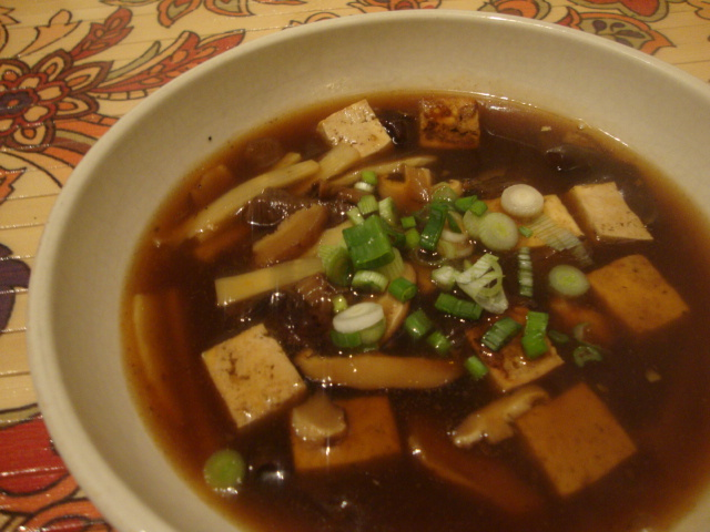 Hot and Sour Soup -- Epicurean Vegan