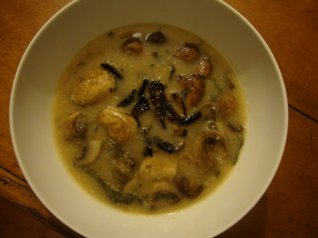 Roasted Mushroom & Garlic Soup with Caramelized Onions