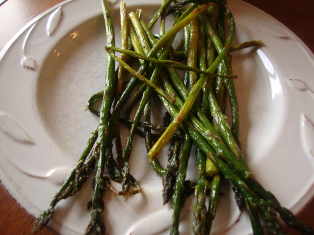 Roasted Asparagus -- Epicurean Vegan